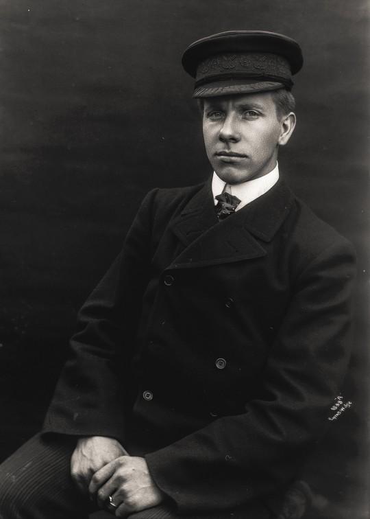 Karenius Olsen (1890-1973)